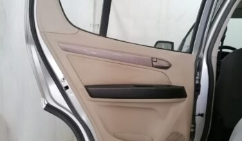 AWD تريل بليزر إل تي قماش دفع خلفي ممتلئ